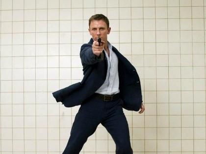 Daniel Craig in Casino Royal Columbia Pictures, 2019)