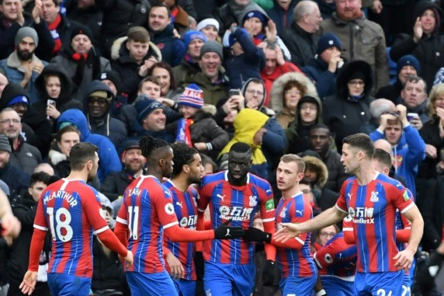 Arsenal pegged back by Palace as Aubameyang sees red