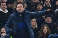 Frustrated Lampard calls for Chelsea to make signings