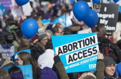 A doctor who performs abortions said she should be able to express her pro-choice beliefs.(SAUL LOEB/AFP/GETTY IMAGES)