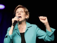 """Fight Back!' Elizabeth Warren Brings Urgent Message to Nevada Caucuses"