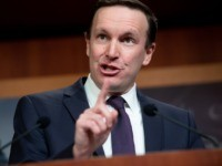 Chris Murphy Rips Trump's Coronavirus 'Ignorance'—'Potential Death Sentence for Thousands'