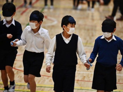 Japan to Close Schools Nationwide in Bid to Contain Coronavirus