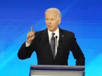 MANCHESTER, NEW HAMPSHIRE - FEBRUARY 07: (L-R) Democratic presidential candidates Sen. Elizabeth Warren (D-MA) and former Vice President Joe Biden participate in the Democratic presidential primary debate in the Sullivan Arena at St. Anselm College on February 07, 2020 in Manchester, New Hampshire. Seven candidates qualified for the second Democratic …
