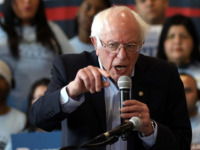 Politico: Democrat Establishment in 'Panic Mode' over Bernie Sanders