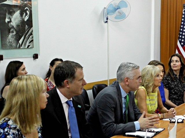 US Vice-President Joe Biden's wife, Jill Biden (C), meets with the rector of a Cuban Pedagogical School Deysi Fraga (out of frame) in Havana, on October 7, 2016. / AFP / POOL / Ernesto MASTRASCUSA (Photo credit should read ERNESTO MASTRASCUSA/AFP via Getty Images)