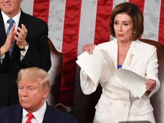 Nancy Pelosi rips up State of the Union 640 x 480 (Mandel Ngan / AFP / Getty)