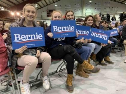 Students for Bernie (Joel Pollak / Breitbart News)