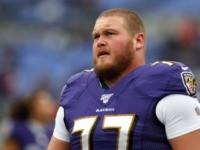 Ravens' Bradley Bozeman Crushes 72-Ounce Steak Food Challenge