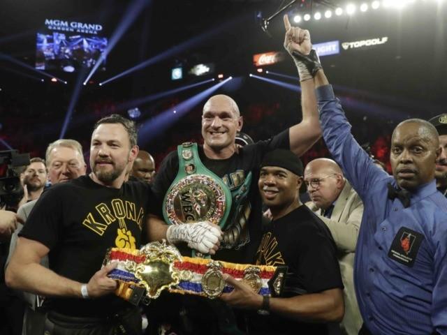 Tyson Fury (Isaac Brekken / Associated Press)