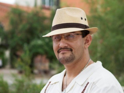 U of Arizona prof Nolan Cabrera