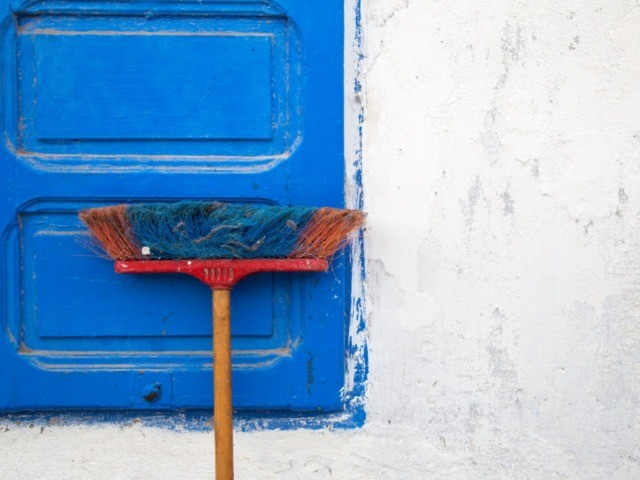 Does 'Gravitational Pull' Allow Brooms to Stand on End on Certain Days?