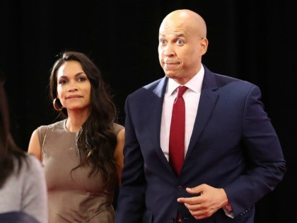 WESTERVILLE, OHIO - OCTOBER 15: Sen. Cory Booker (D-NJ) enters the Spin Room with his girlfriend Rosario Dawson after the Democratic Presidential Debate at Otterbein University on October 15, 2019 in Westerville, Ohio. A record 12 presidential hopefuls are participating in the debate hosted by CNN and The New York …