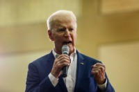 Biden Urges Rivals to Quit if They Fail to Attract Support from Black Voters
