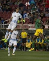 British, Irish soccer bodies ban children from 'heading' ball in practice
