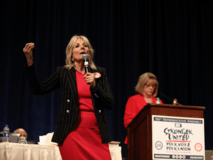 Honored to have Dr. Jill Biden speak with our #IEARA2020 delegates! Thank you for speaking on the importance of strong public schools. #RedForEd
