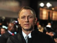 LONDON, ENGLAND - DECEMBER 12: Actor Daniel Craig attends the world premiere of 'The Girl With The Dragon Tattoo' at Odeon Leicester Square on December 12, 2011 in London, England. (Photo by Stuart Wilson/Getty Images)