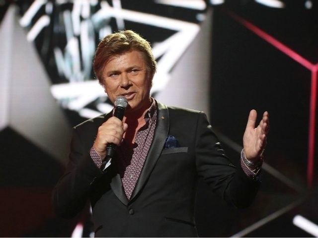 SYDNEY, AUSTRALIA - NOVEMBER 23: Richard Wilkins presents on stage during the 30th Annual ARIA Awards 2016 at The Star on November 23, 2016 in Sydney, Australia. (Photo by Brendon Thorne/Getty Images)