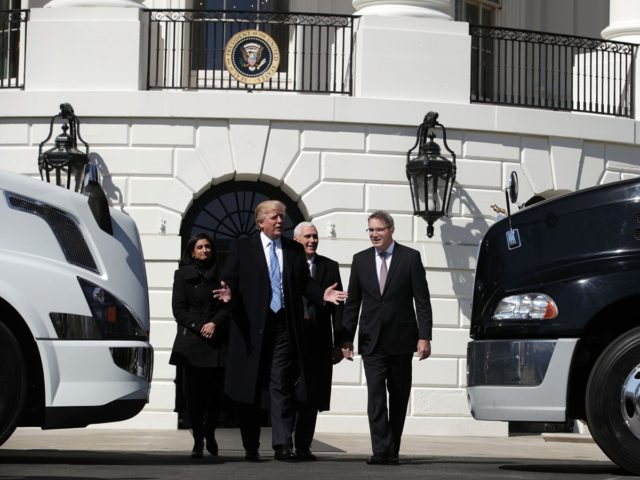 Trump Trucking (Alex Wong / Getty)