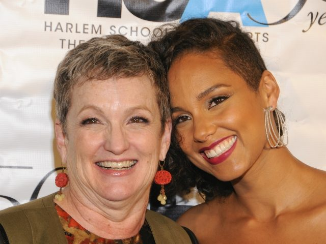 NEW YORK, NY - OCTOBER 5: Alicia Keys, and her mother Terria Joseph attend the Harlem School of the Arts (HSA) 50th Year Anniversary Gala Kickoff in the Grand Ballroom at The Plaza on Monday, October 5, 2015 in New York, NY. Credit: Raymond Hagans/MediaPunch/IPX