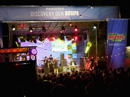 AUSTIN, TX - MARCH 16: Haelos performs onstage during the PANDORA Discovery Den SXSW on March 16, 2016 in Austin, Texas. (Photo by Rachel Murray/Getty Images for Pandora)