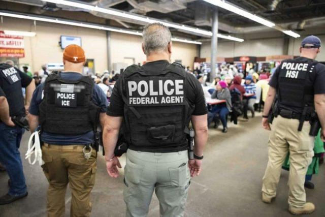 COVID-19: US migrant cops pledge no arrests at hospitals