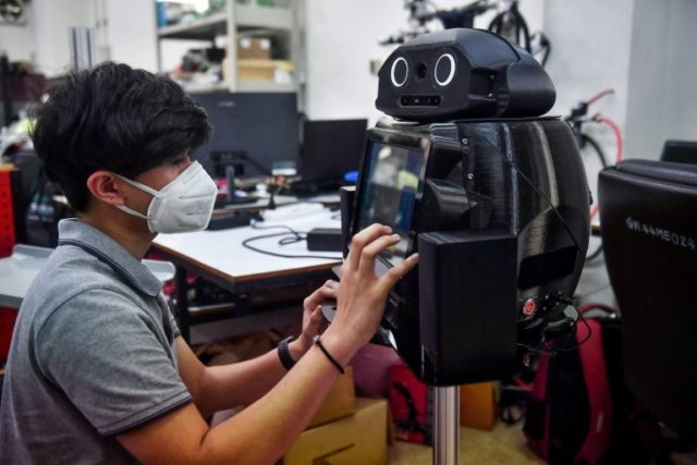 Crisis brings robots to medical frontline: researchers