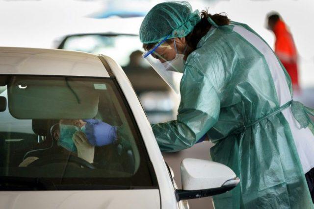 Europe, US virus deaths surge as Trump reverses on New York lockdown