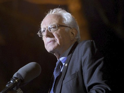 April 8th 2020 - Bernie Sanders withdraws his candidacy as a nominee from the Democratic Party in the 2020 election for the Presidency of The United States of America. - File Photo by: zz/Dennis Van Tine/STAR MAX/IPx 2016 3/31/16 2016 Democratic presidential candidate Bernie Sanders campaigns at a rally in …