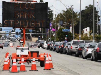 Los Angeles food bank (Mario Tama / Getty)