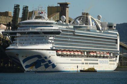 Virus-stricken cruise ship docks near Sydney