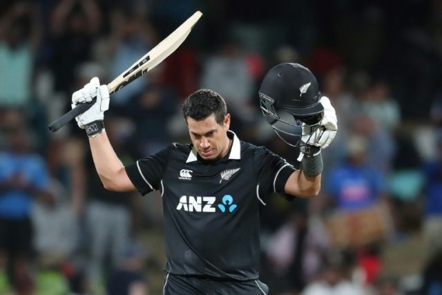 Taylor bags New Zealand cricketer of the year award