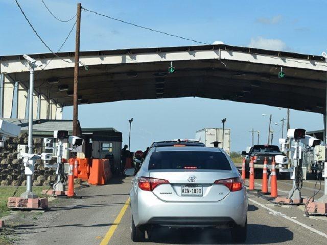 Javier Vega, Jr. Immigration checkpoint near Saritas, Texas. (File Photo: Bob Price/Breitbart Texas)