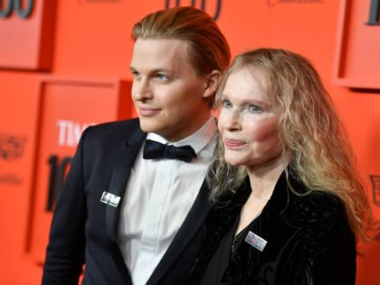 TOPSHOT - Actress Mia Farrow and her son journalist Ronan Farrow arrive on the red carpet for the Time 100 Gala at the Lincoln Center in New York on April 23, 2019. (Photo by ANGELA WEISS / AFP) (Photo credit should read ANGELA WEISS/AFP via Getty Images)