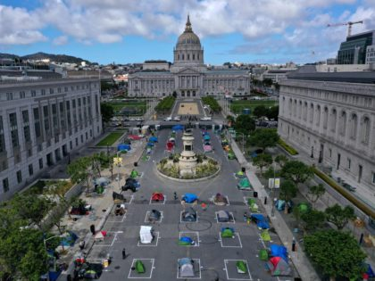 San Francisco homeless camp city hall (Justin Sullivan / Getty)