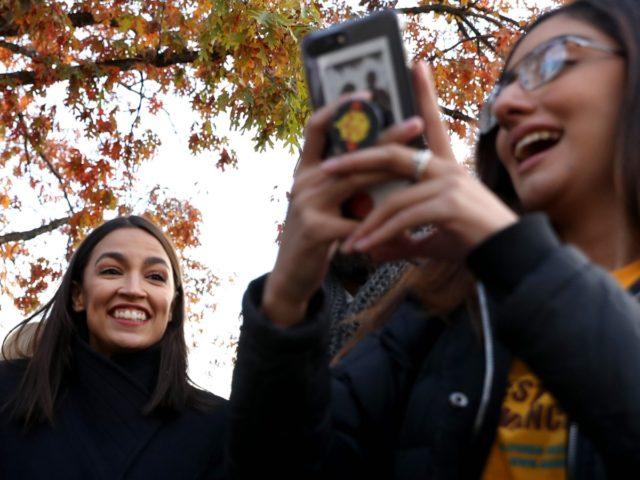 AOC selfie Alexandria Ocasio-Cortez (Chip Somodevilla / Getty)