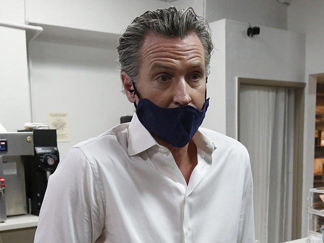 Gavin Newsom Recommends California Residents Wear Two Masks