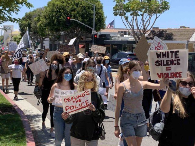 Black Lives Matter Palisades 1 (Joel Pollak / Breitbart News)