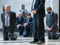 Democrat Senators Kneel During Moment of Silence for George Floyd