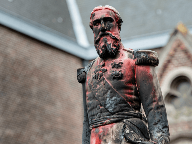 Belgium: King Leopold II statue removed in Antwerp after anti-racism protests