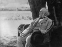 1894: William Ewart Gladstone (1809 - 1898) taking it easy during a fete at his home, Harwarden after his resignation from the Premiership in March 1894. (Photo by Hulton Archive/Getty Images)
