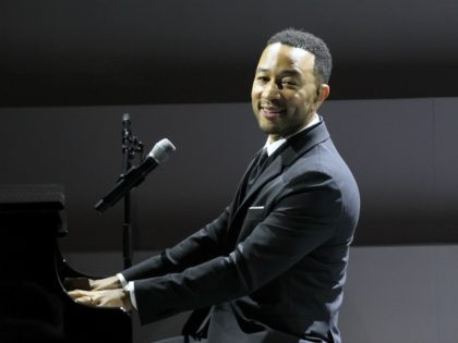 NEW YORK, NY - NOVEMBER 07: John Legend performs on stage at the WSJ. Magazine 2018 Innovator Awards Sponsored By Harry Winston, FlexJet & Barneys New York - Inside at MOMA on November 7, 2018 in New York City. (Photo by Bennett Raglin/Getty Images for WSJ. Magazine Innovators Awards)