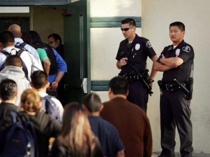 Los Angeles School Police (David McNew / Getty)