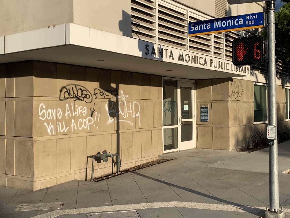 Santa Monica Public Library (Joel Pollak / Breitbart News)