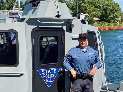 NJ State Trooper, Good Samaritan Rescue Eight People from Sinking Boat
