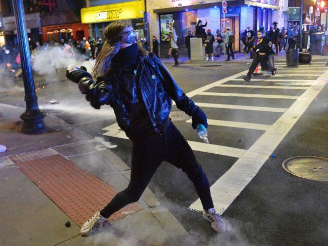 Washington DC riots (Joseph Prezioso / AFP / Getty)