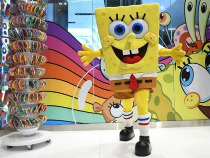 """Nickelodeon NEW YORK, NEW YORK - JUNE 15: SpongeBob SquarePants """"Shellabrates"""" His 20th Anniversary at Dylan's Candy Bar Hudson Yards at Hudson Yards on June 15, 2019 in New York City. (Photo by Craig Barritt/Getty Images for Dylan's Candy Bar)"""