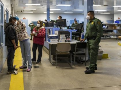Brown Field Station Border Patrol agents work with staff during medical screening and processing of illegal aliens crossing the Mexican border into Texas. (Photo: U.S. Customs and Border Protection/Mani Albrecht)