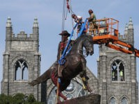 Richmond Removes Confederate Gen. J.E.B. Stuart Statue
