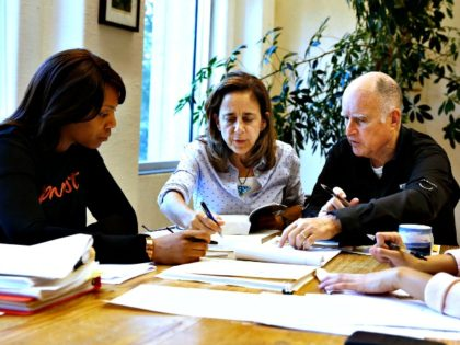 Governor Brown Signs Women on Corporate Boards Law